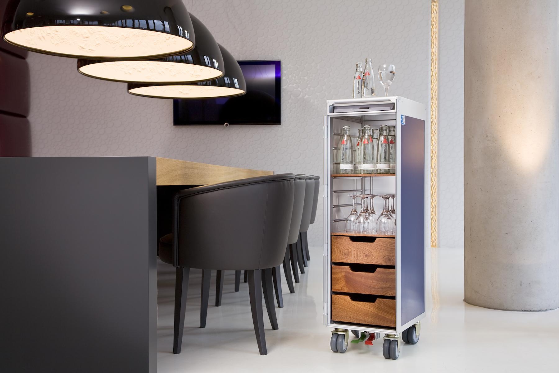 Skypak-functional_storage-drawers-mobile_interior-design