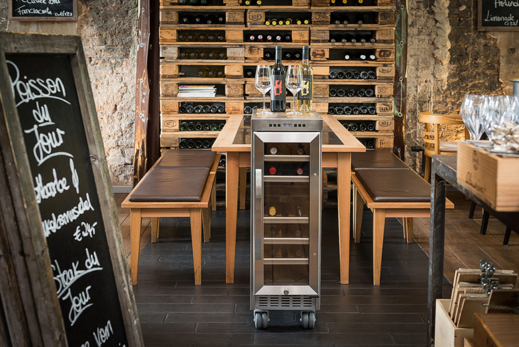 Barrique_Wood_Trolley-Skypak-wine_bar-la_barrique_edition