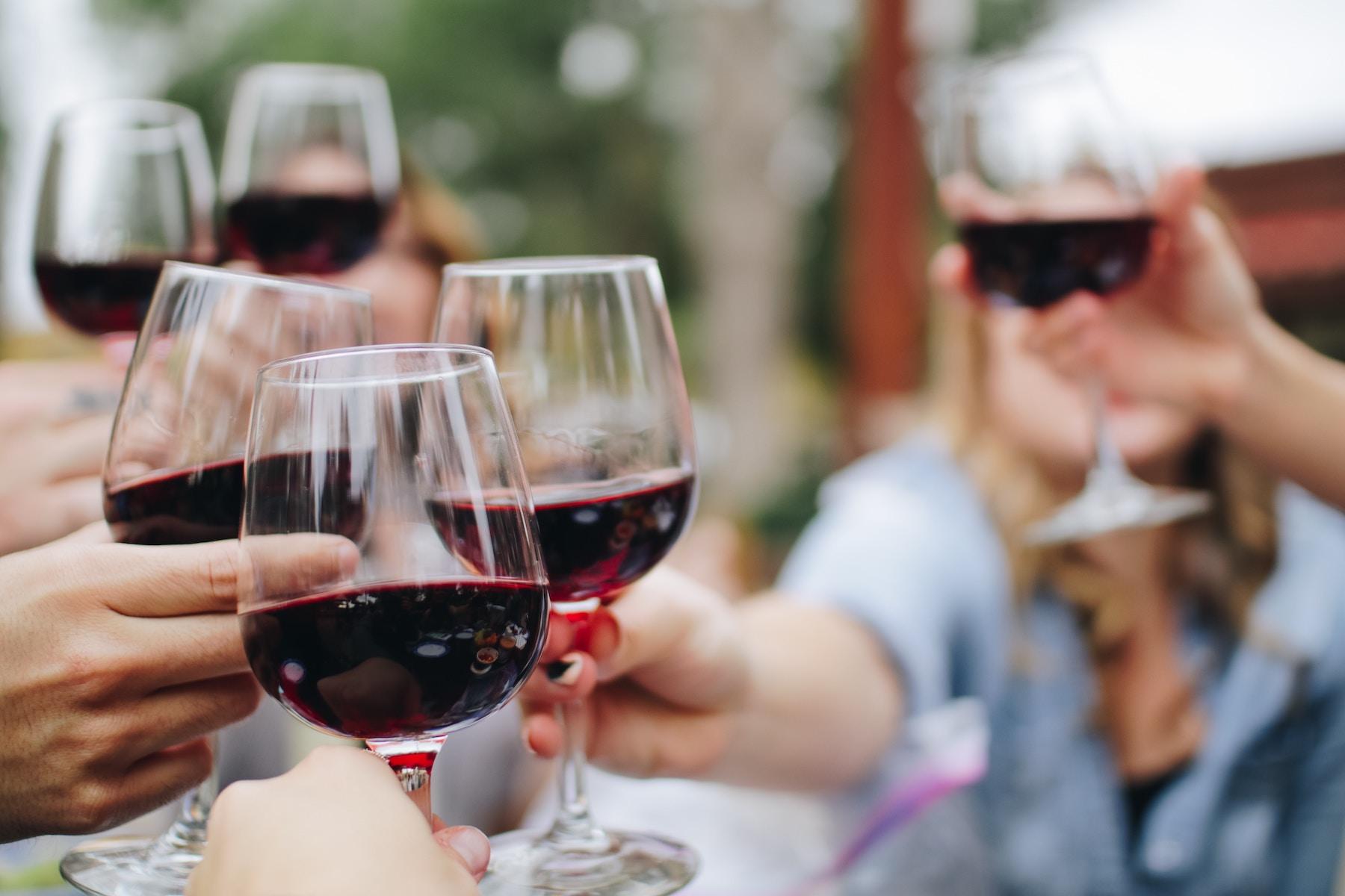 Wine_Festivals_in_Summer-Skypak-Wine-Cooler